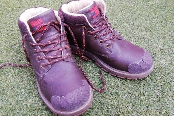 poner botas16